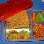 Easy Lunch Boxes {Review & Giveaway}