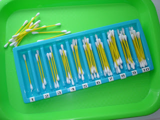 Q-Tip Counting Trays