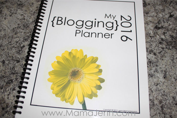 2016 Blogging Planner Cover {FREE}